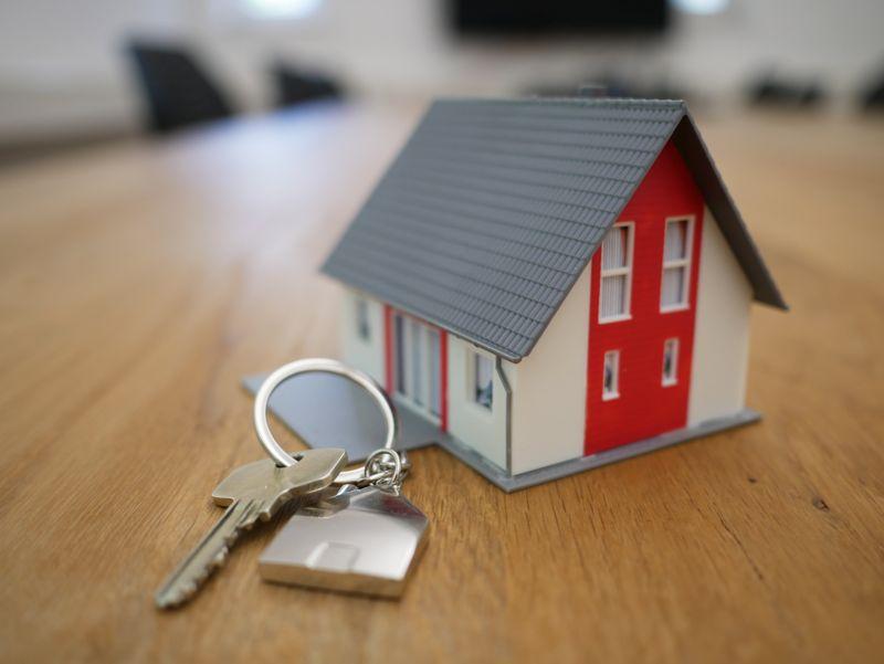 Операции с недвижимостью: инвестиционная оценка и безопасность сделок